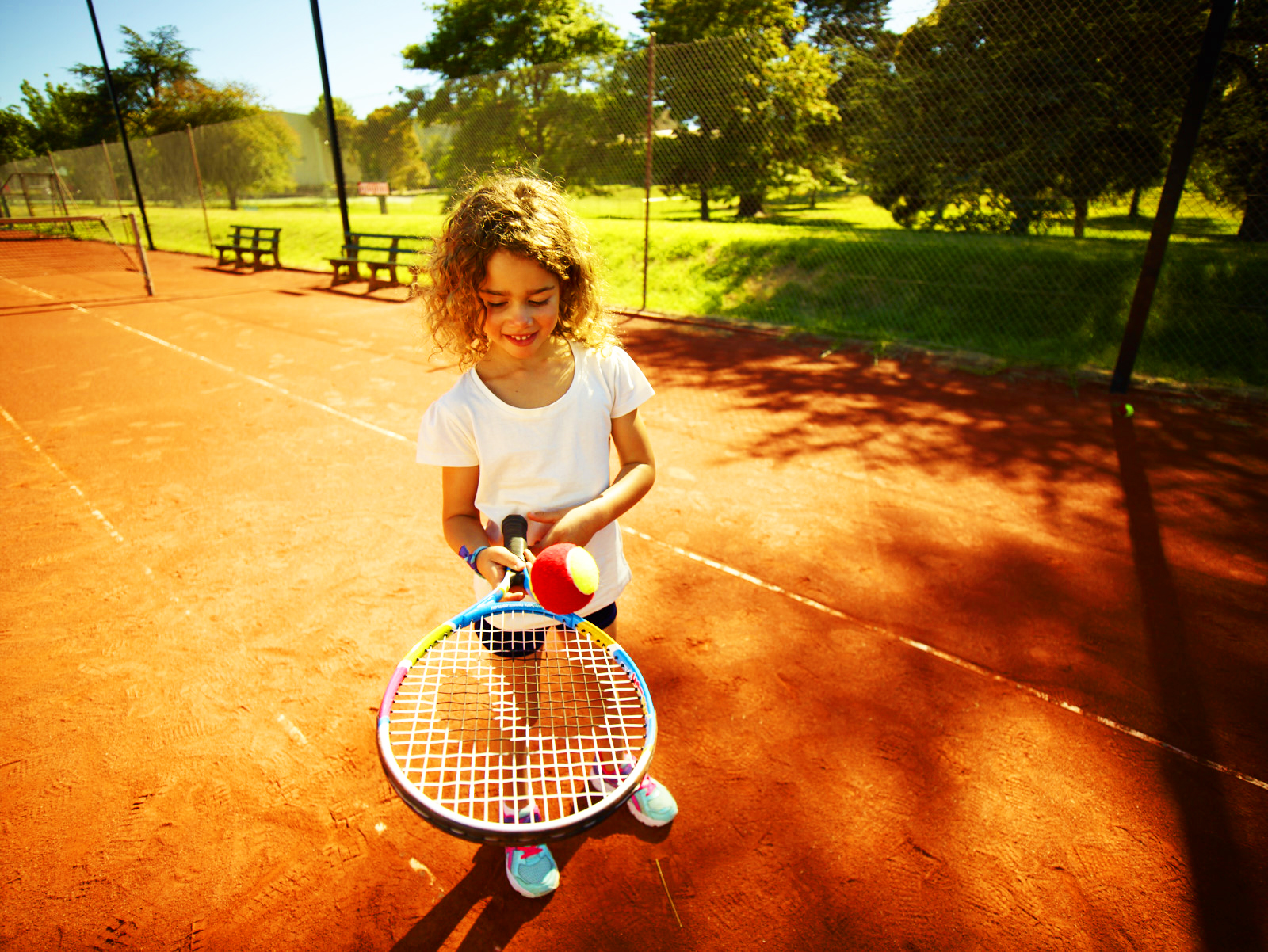 Tennis For Toddlers Buying A Junior Tennis Racquet For Your Child Anz Hot Shots