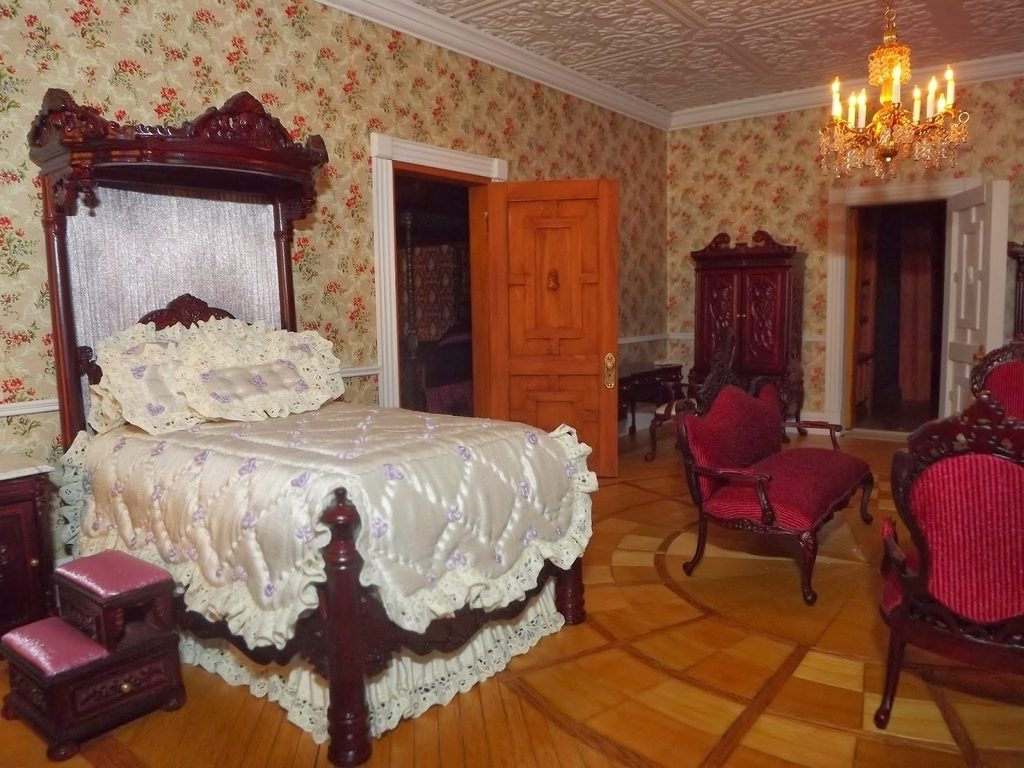 Victorian Victorian Bedroom Decorating Ideas
