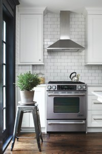Photo Gallery: Budget Kitchen Decorating Tips