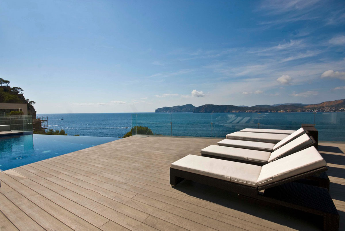 Pool Mallorca Cool Beach House With Waterfront View Of Mediterranean Sea