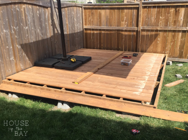 how to build a floating deck house by the bay