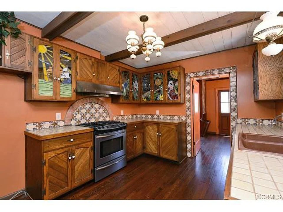 Mexican Style Kitchen Cabinets Romantic 1921 Spanish Style Home In Anaheim Ca