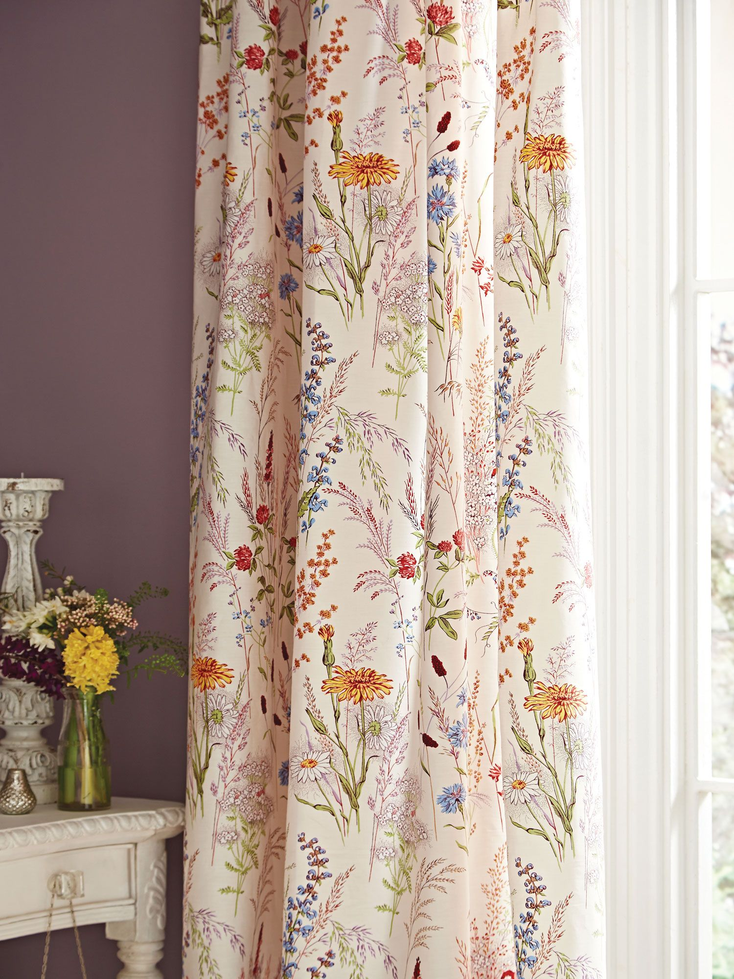 Curtain Deals Buy Cheap Red Tab Top Curtains Compare Curtains And Blinds