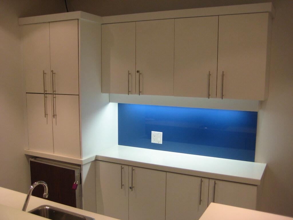 Back Painted Glass Kitchen Backsplash   Glass Backsplashes Calgary Glass  Backsplashes