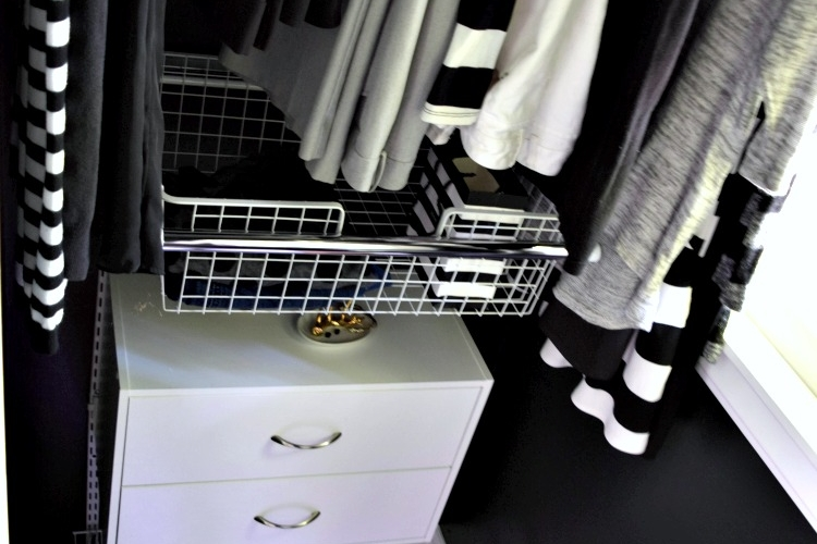 A completely DIY closet using Rubbermaid HomeFree closet systems. She added black paint for a super luxe feel. Love black interior closets!!