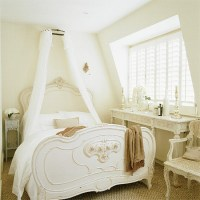 French-style attic bedroom | Bedroom furniture ...
