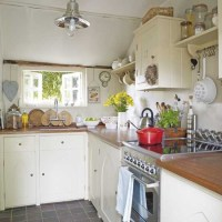 Compact country kitchen | Kitchens | Kitchen ideas | Image ...