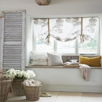 Cosy French-style bedroom | Cosy bedroom corner | Bedroom ...