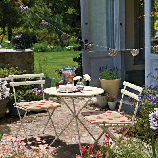 Give Your Garden Patio A Makeover Patio Garden Ideas