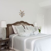Simple country bedroom | Country bedrooms - 10 of the best ...