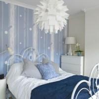 Blue and white bedroom   housetohome.co.uk
