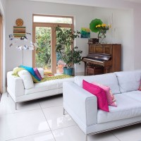 Living room with white leather sofa | Living room ...