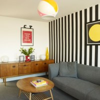 Ways to decorate small living rooms | Small living room ...