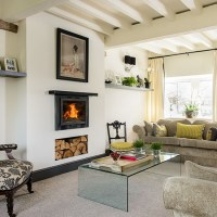 Traditional cream living room with beams