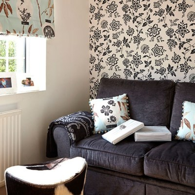 Monochrome living room with feature wallpaper | Easy living room transformations | Decorating ...
