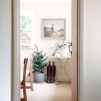 Cream dining room with natural flooring   Decorating ...