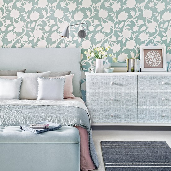 Duck Egg Wallpaper Bedroom Ideas Duck Egg Blue Bedroom Ideas: Wallpaper, Paint And Bedding