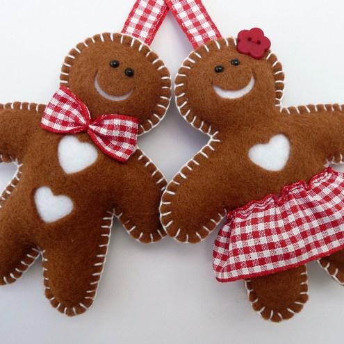 gingerbread felt ornaments