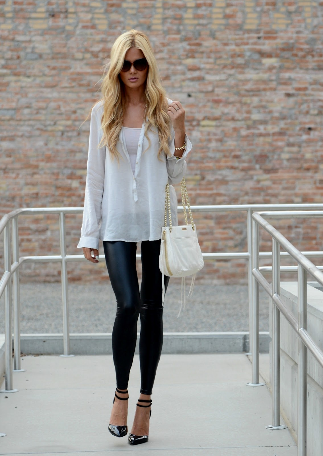 cute look- although not sure how my legs would look in fake leather pants hahahh