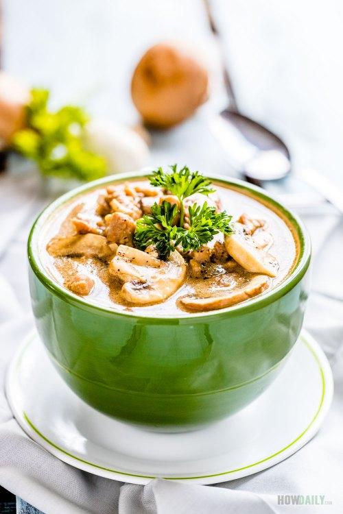 Medium Of Chicken And Mushroom Soup