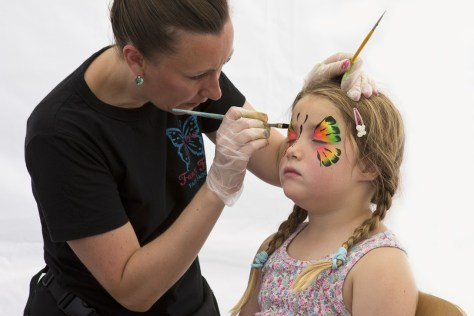 face-painting-833180_1280