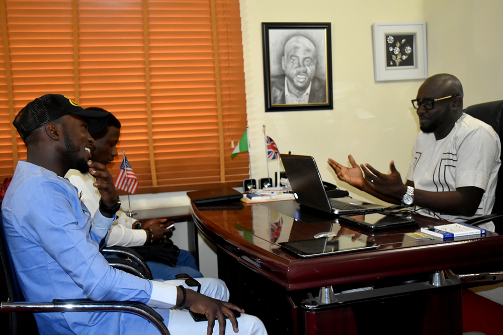 Babatunmise and friend in a Chat with Mr. Ayo Alex Alao, CEO, Jetheights Services Ltd