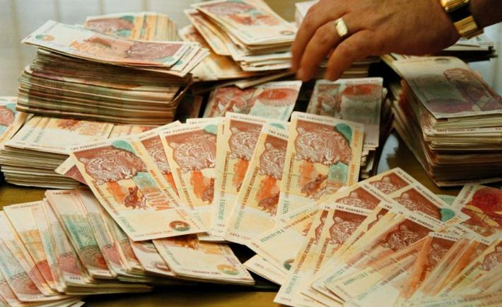 South-Africa's-Salaries-What-People-Earn