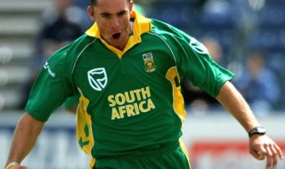 BELFAST, UNITED KINGDOM - JUNE 26:  Andre Nel of South Africa celebrates taking the wicket of Gautam Gambhir during the Future Cup one day international match between India and South Africa at the Civil Service Cricket Ground, Stormont on June 26, 2007 in Belfast, Northern Ireland.  (Photo by Richard Heathcote/Getty Images)
