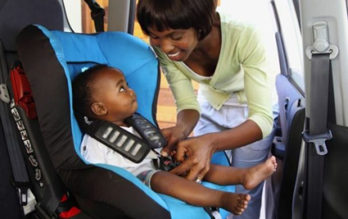 Baby-in-a-car-seat_690x450_crop_80