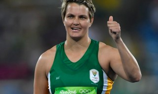 Viljoen wins javelin silver for SA