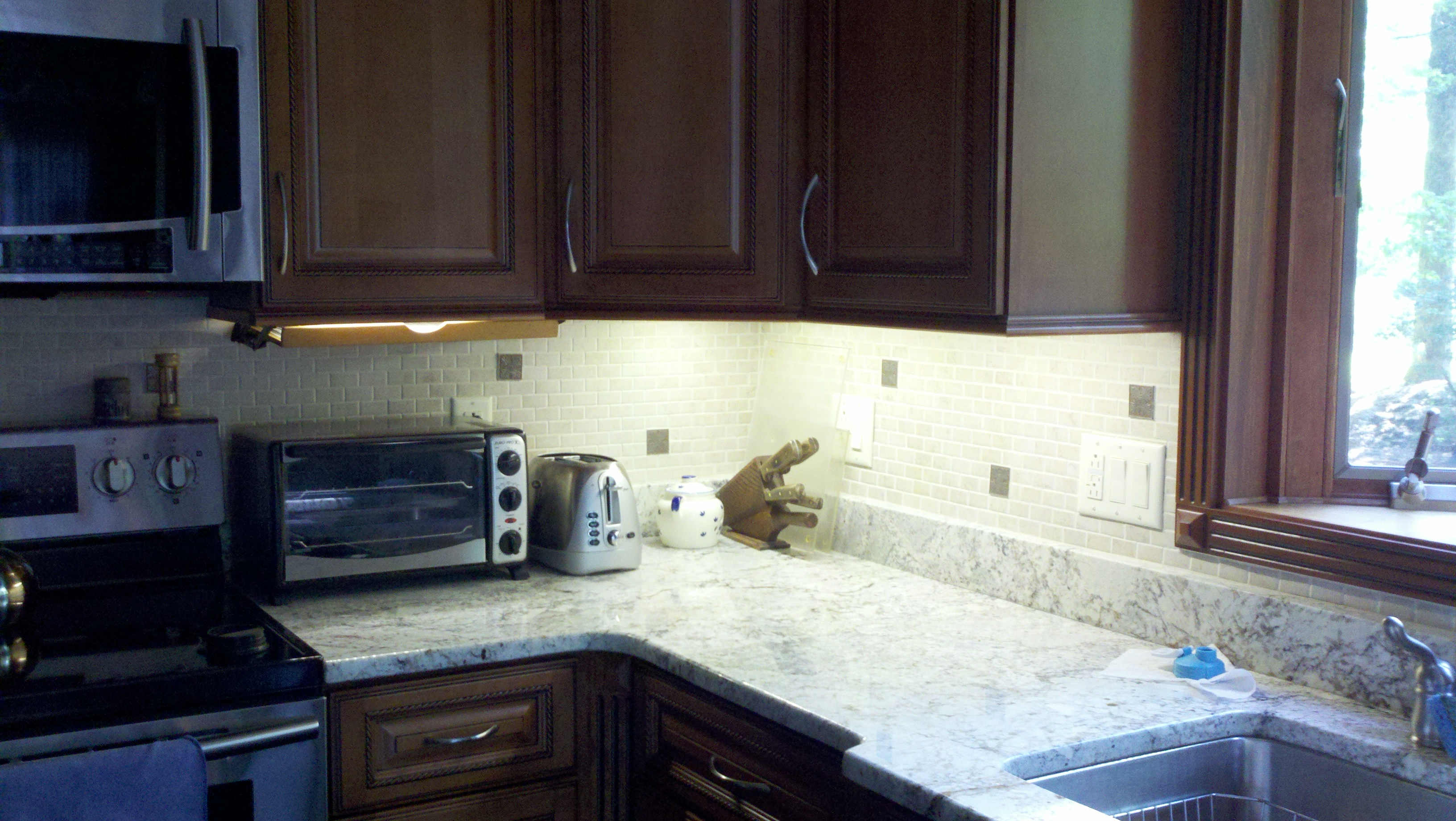 Kitchen Cabinets Under Lighting Howto Make Your Own Beautiful Under Cabinet Led Lights