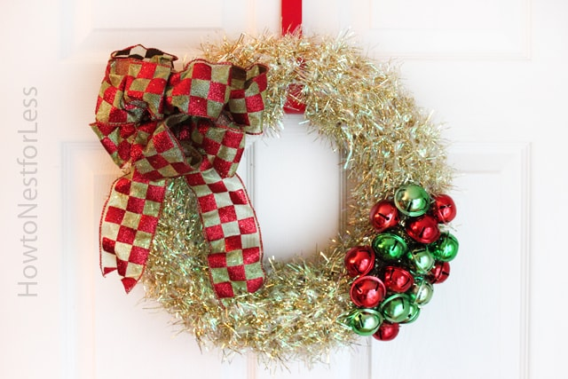 Holiday Decorating on the Cheap {with Dollar General supplies - dollar general christmas decorations