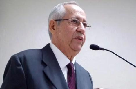 Resultado de imagen para economista Arturo Martínez Moya