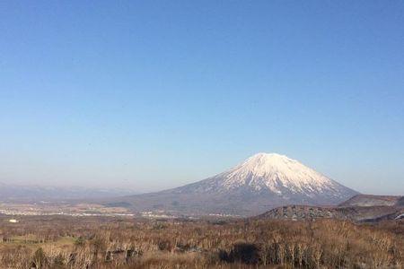 泊原発とまりん館を見学五月の羊蹄山は、ホント富士山みたい#羊蹄山#ニセコ#ワイスホテル#泊原発#とまりん館