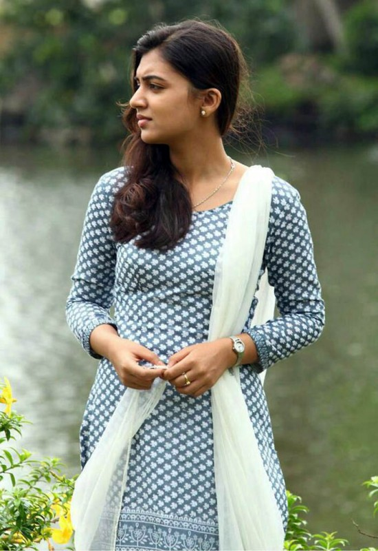 Raja Rani Movie Wallpapers With Quotes Nazriya Nazim Photo Gallery Hridhayakavadam