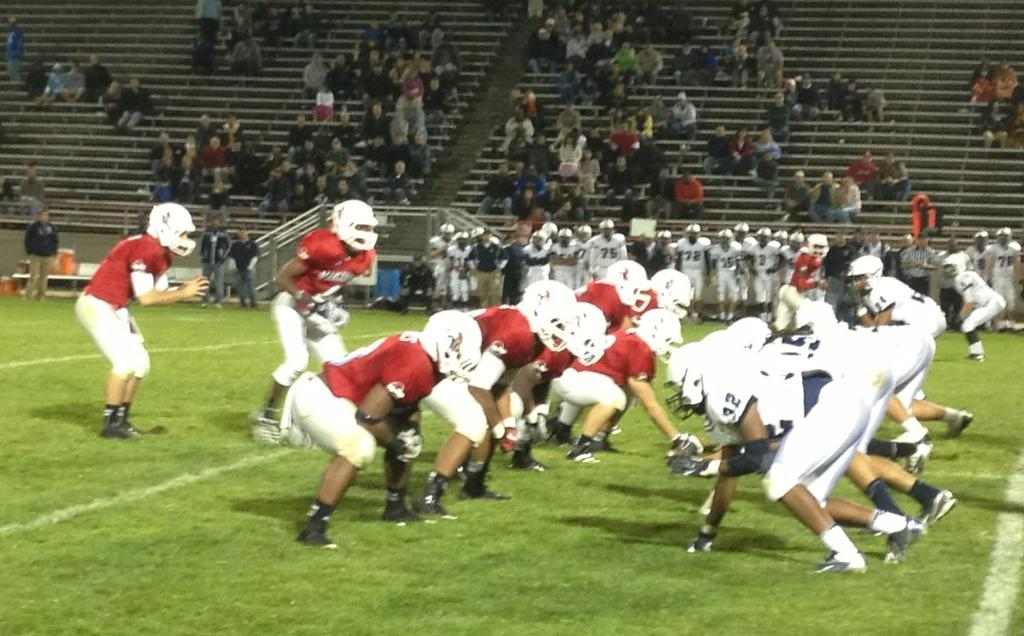 Lansing Everett knocks off East Lansing, 6-0, to remain undefeated