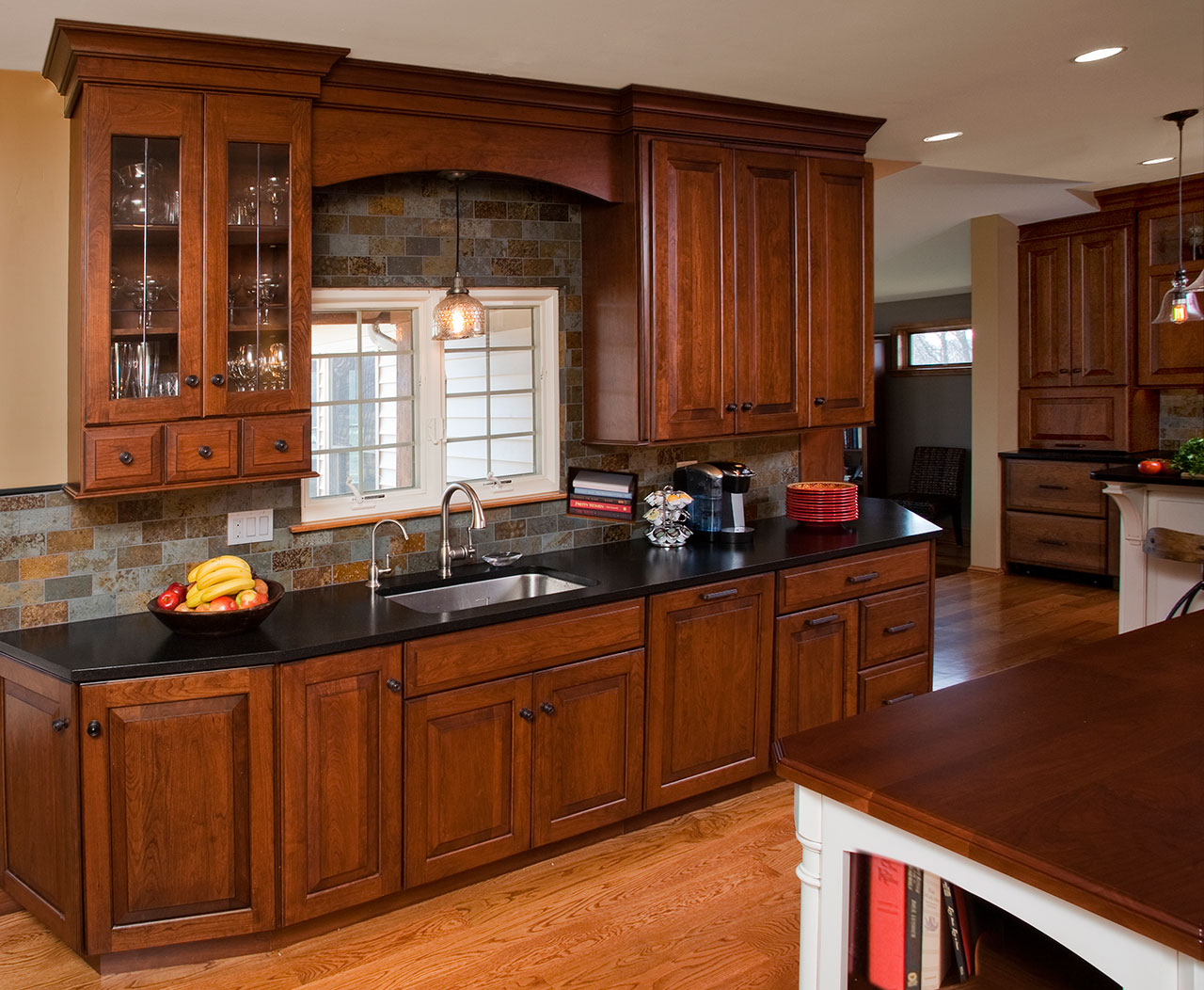 Kitchen Cabinets Design Video Traditional Kitchens Designs And Remodeling Htrenovations
