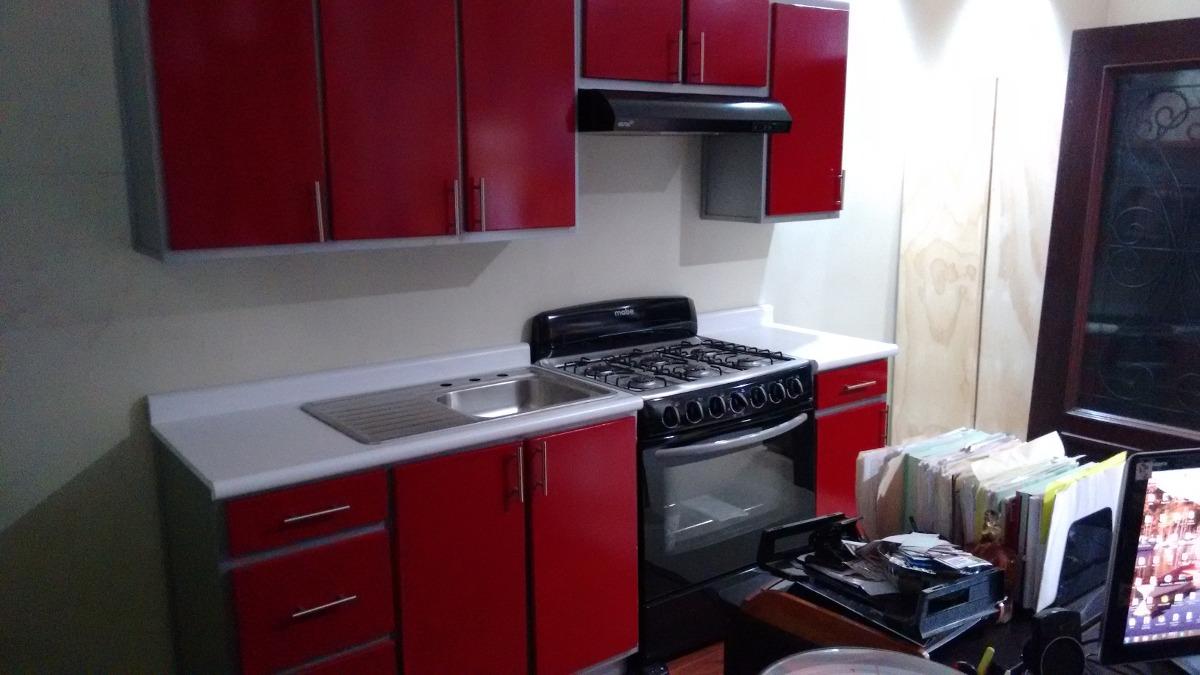 Cocina En Duotono Con Mesa Pen Nsula Y Tv Cocina Roja Y Mesa De