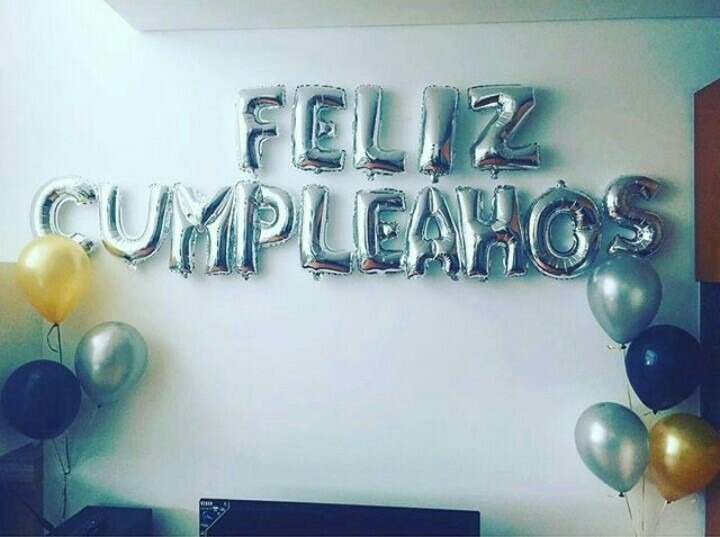 Globos De Letras Feliz Cumpleaños, Metalizados 16 - Bs 640,00 en
