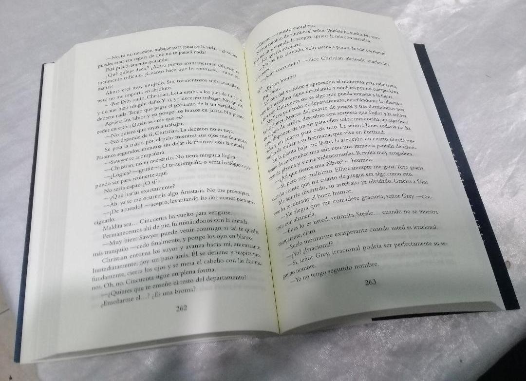 Cuarto Libro De 50 Sombras De Grey | 50 Sombras De Grey La Parodia ...