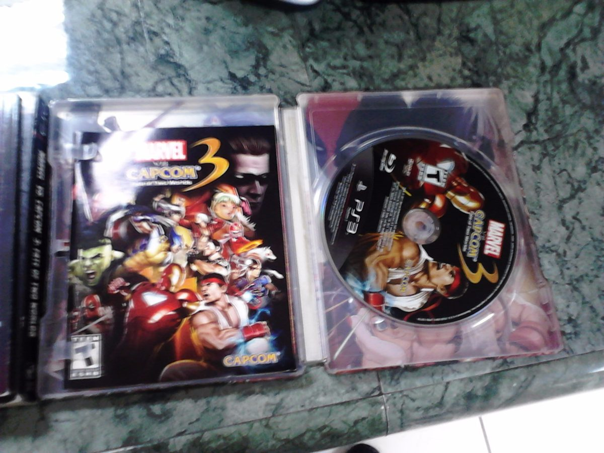 Battle Royale Libro Marvel Vs Capcom 3 Special Edition - $ 1,300.00 En Mercado