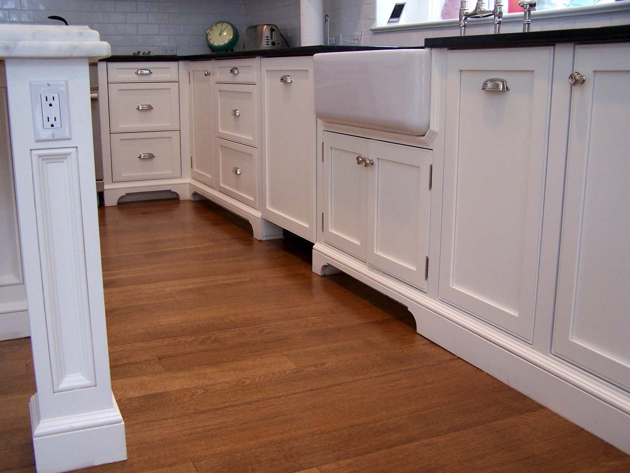 create standout kitchen molding architectural elements kitchen cabinets with legs hudsoncabinetmaking com