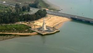 Imagen aérea de la Punta del Sebo, uno de los símbolos turísticos de la capital. (Rodolfo Barón).