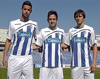 Kike Tortosa, Borja Granero y Asen, que llegaron en el mercado de invierno, jugaron ayer contra el Villarreal B.