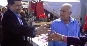 Javier Barrero durante la campaña de las municipales.