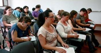 Alumnos en el curso.