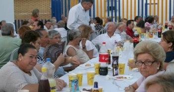Los mayores del Rompido inician las fiestas.