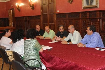 Reunión en el Ayuntamiento de Ayamonte.