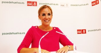 Elena Ruiz, portavoz de los socialistas onubenses.