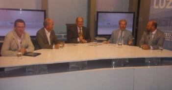 De izquierda a derecha, Isidoro Ocaña, Francisco Rosell, Rafael Unquiles, José Antonio Gómez Marín y Francisco Pérez.